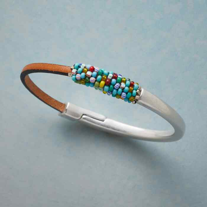 COLOR COALITION COLOR BEAD BRACELET