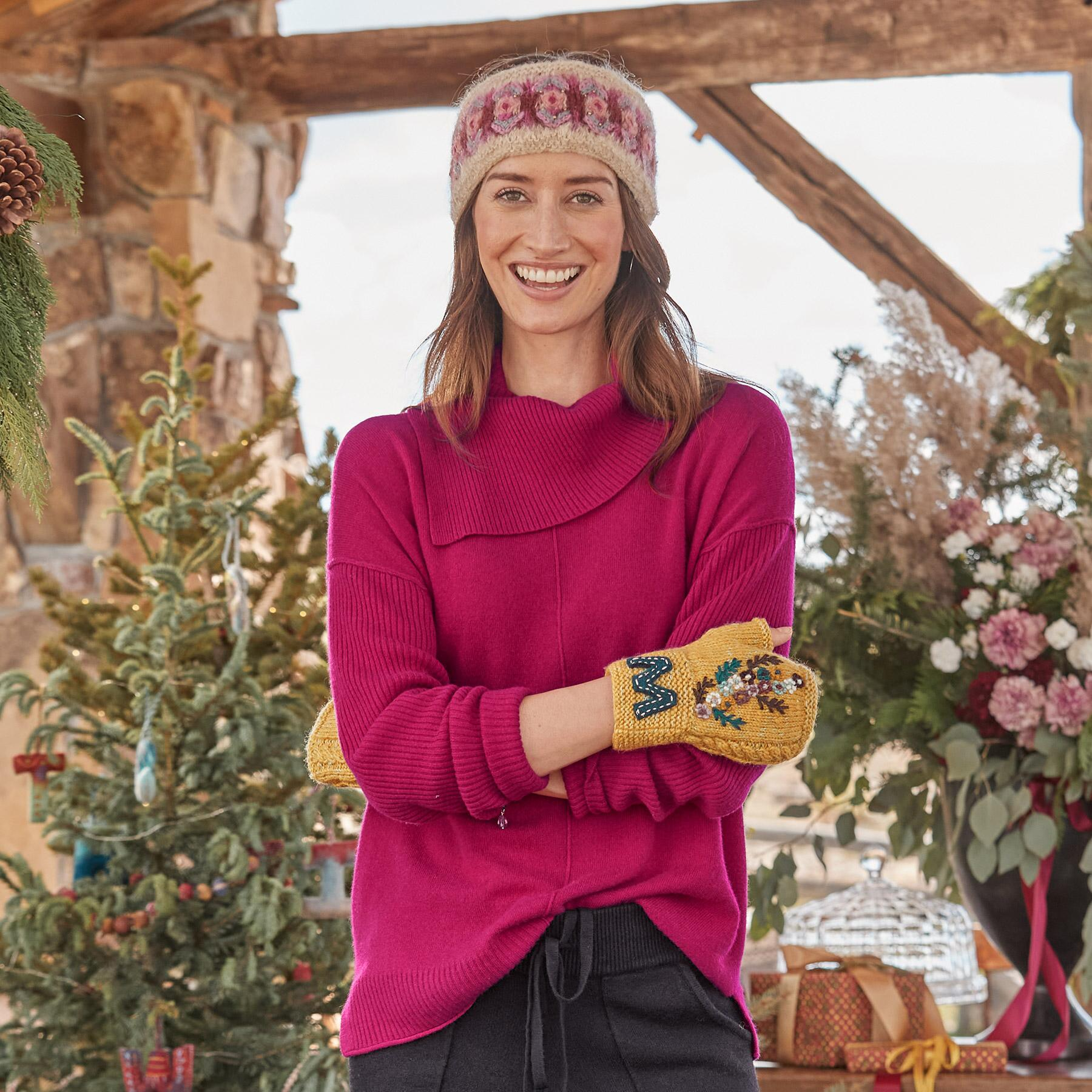 ENVELOPE NECK CASHMERE SWEATER - PETITES: View 2