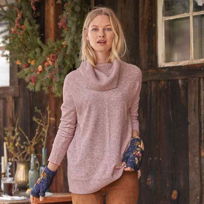 GRACIE ISLE SWEATER