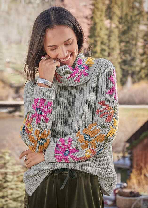 LOVELY LORE SWEATER - PETITES