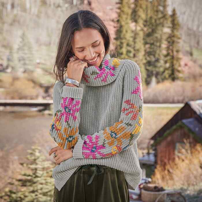 LOVELY LORE SWEATER PETITE