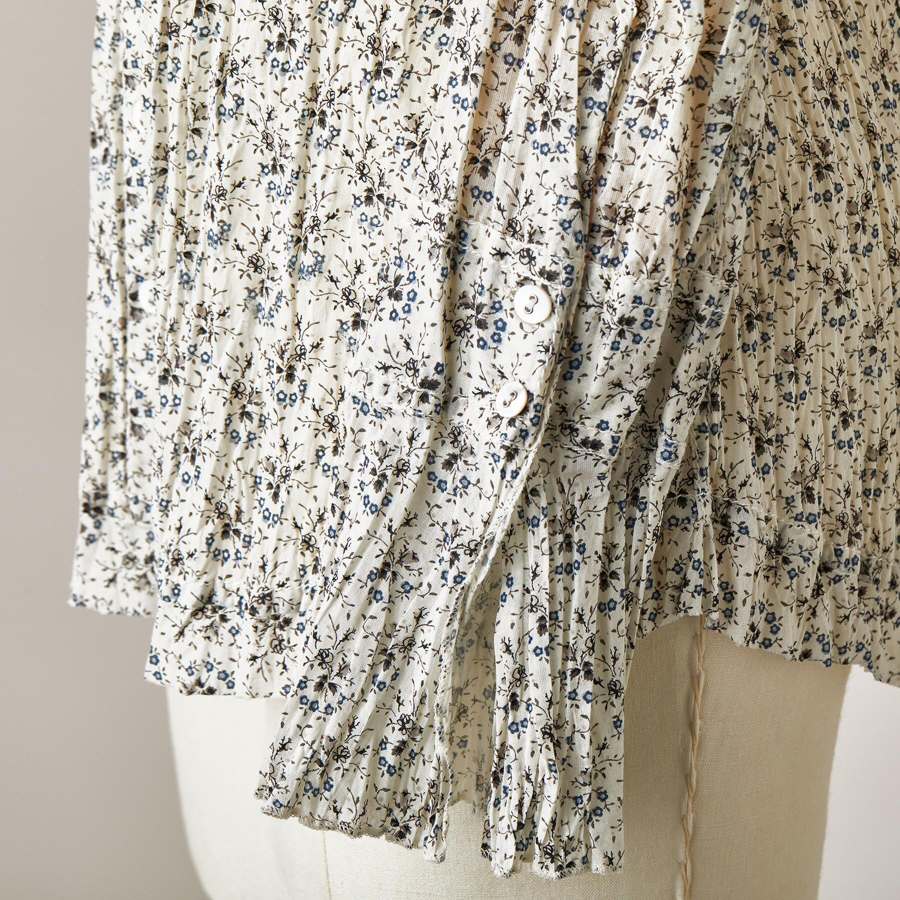 RUFFLE VINTAGE DITSY TOP: View 4