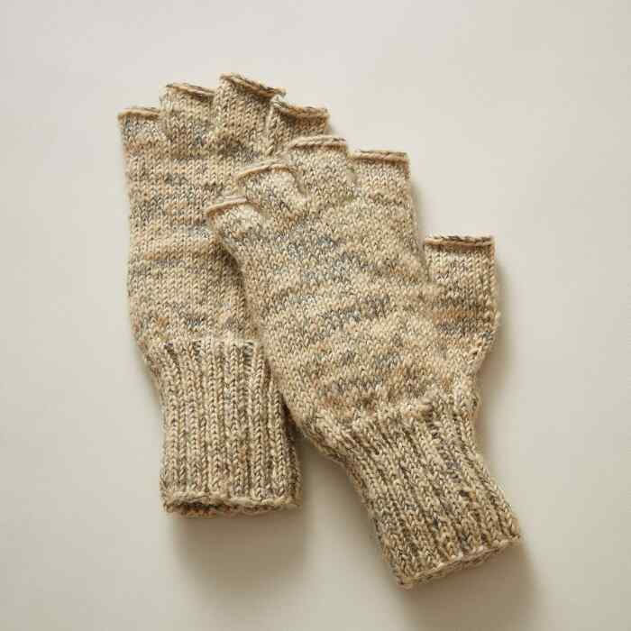 BETHEL FINGERLESS GLOVES