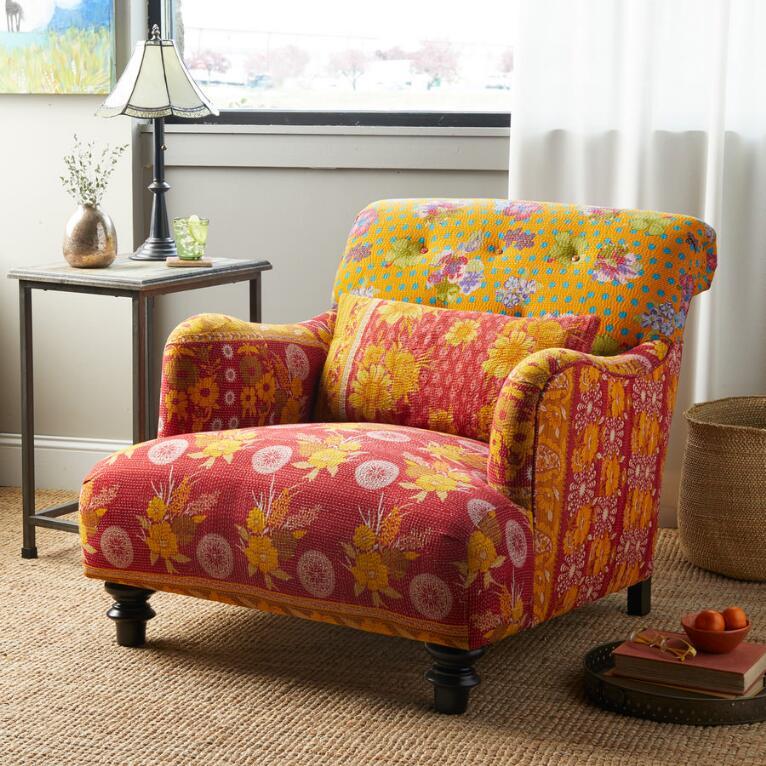 Yukta Sari Club Chair