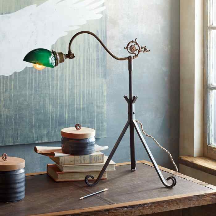 MADDEN TABLE LAMP