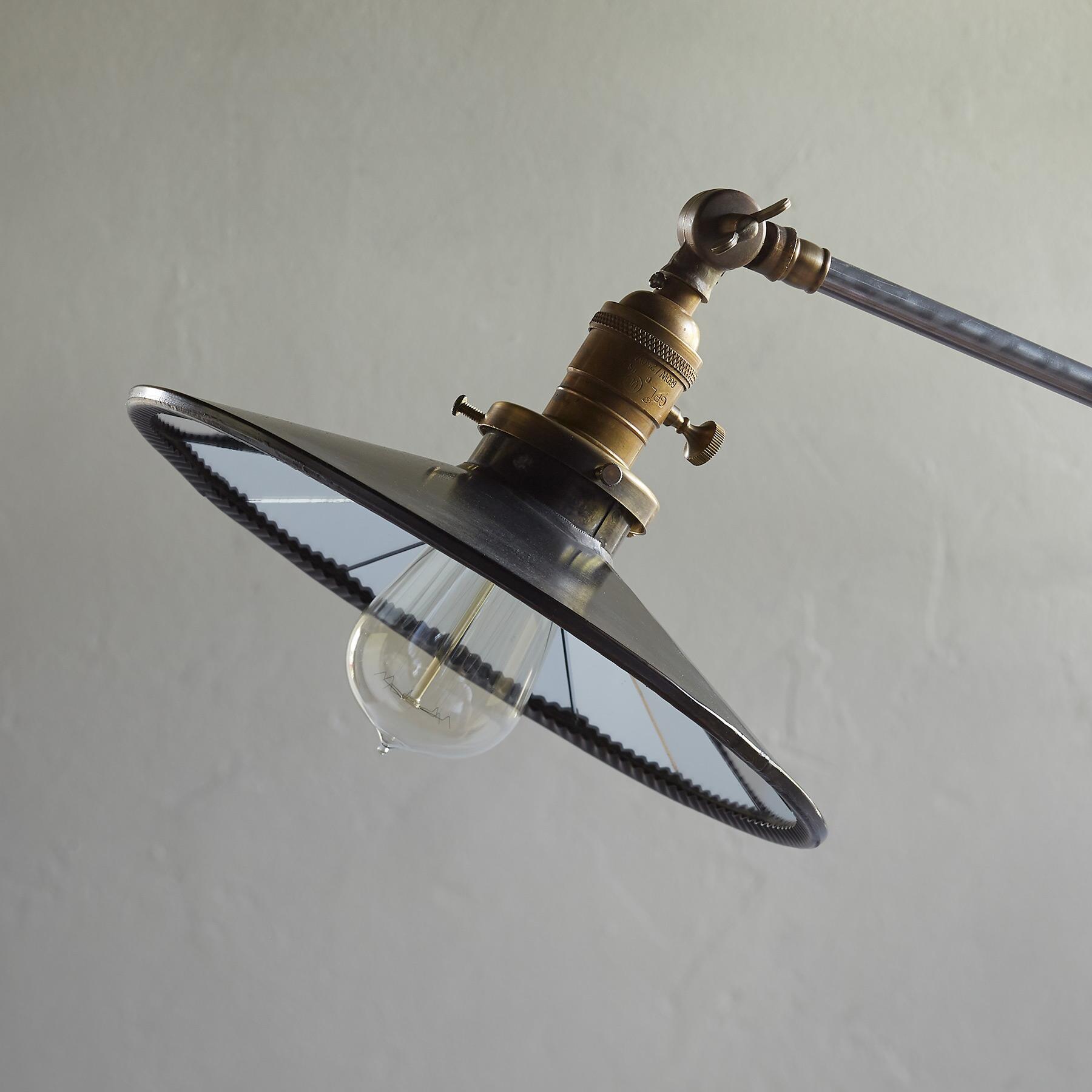 CHAPMAN FLOOR LAMP: View 2