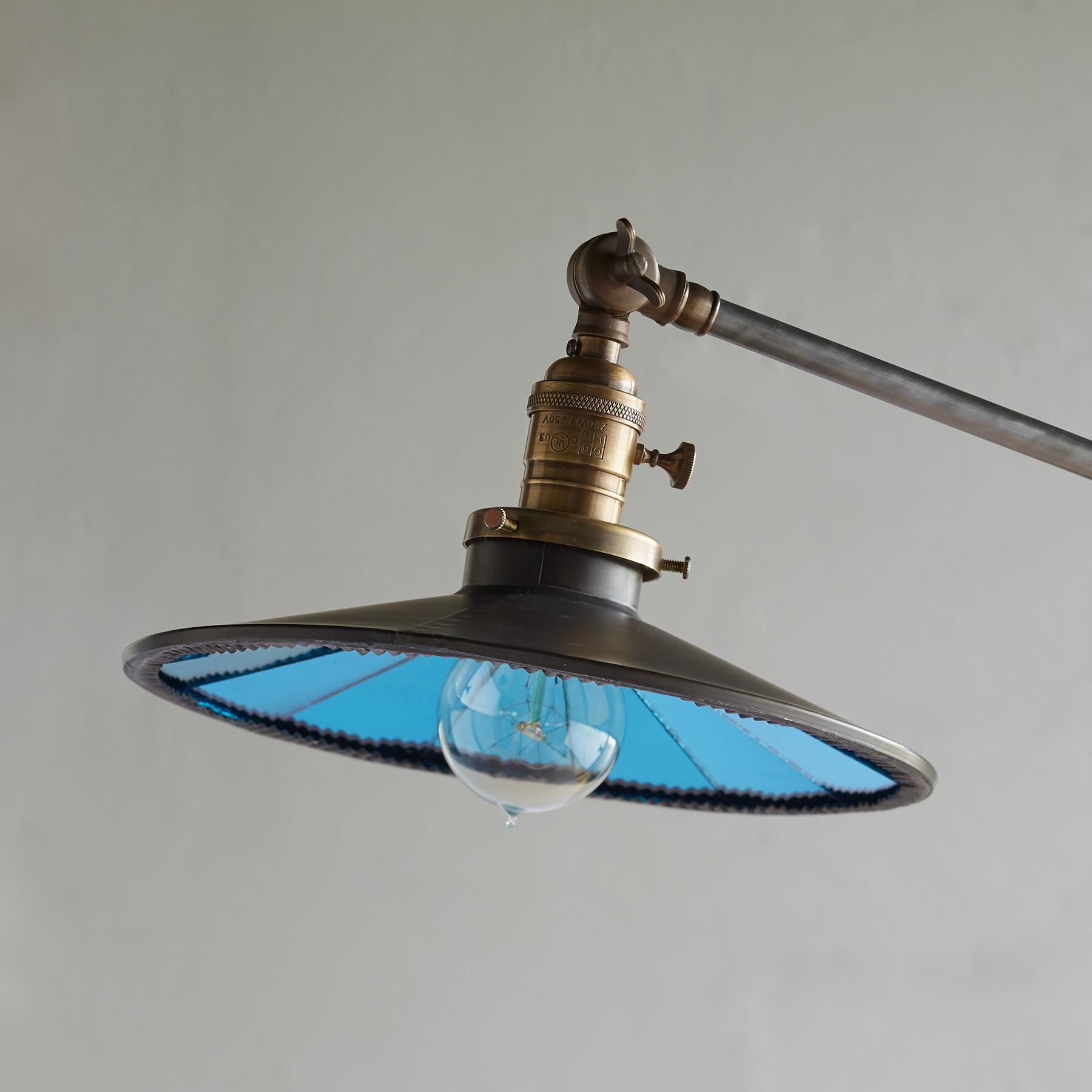 KEARNEY FLOOR LAMP: View 2