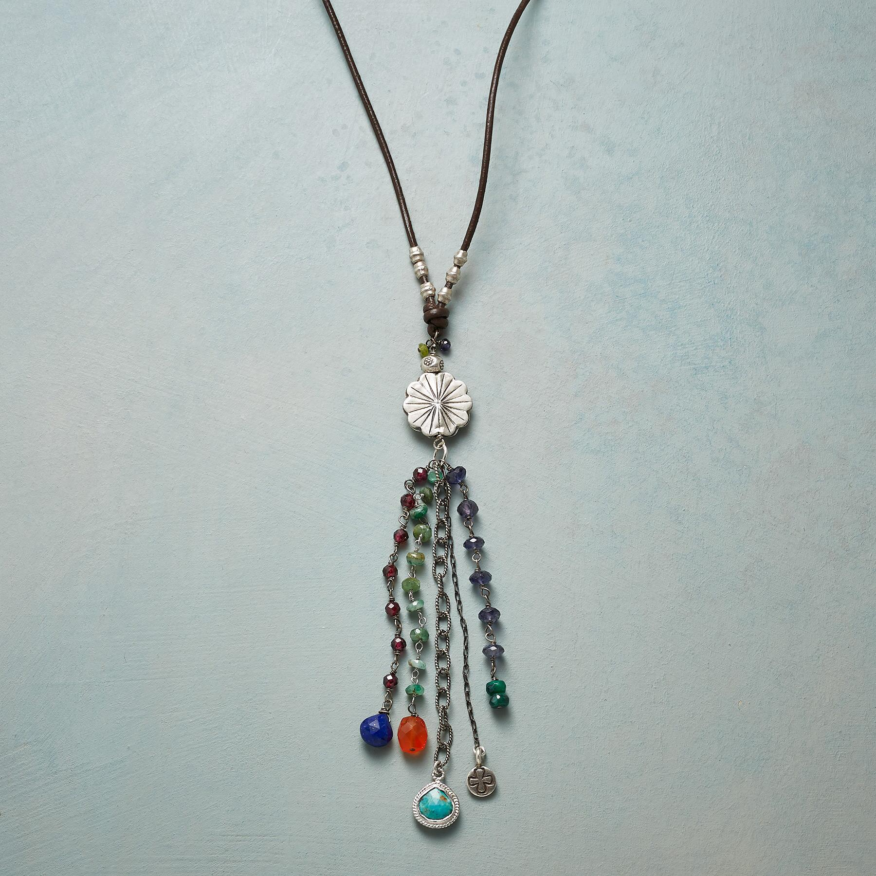FLOWER SHOWER NECKLACE: View 1
