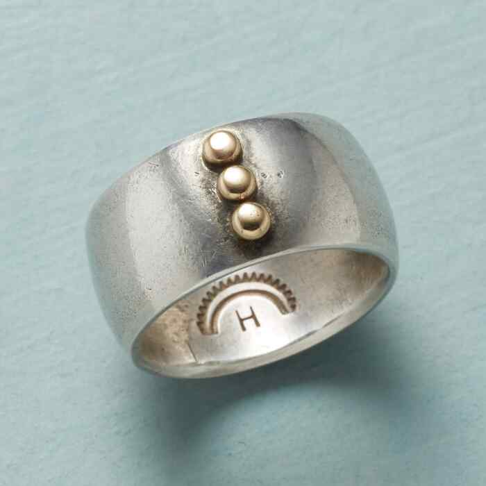 THREE DOTS RING