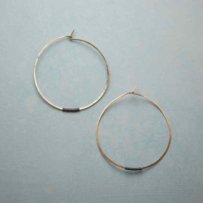 LA VIE HOOP EARRINGS