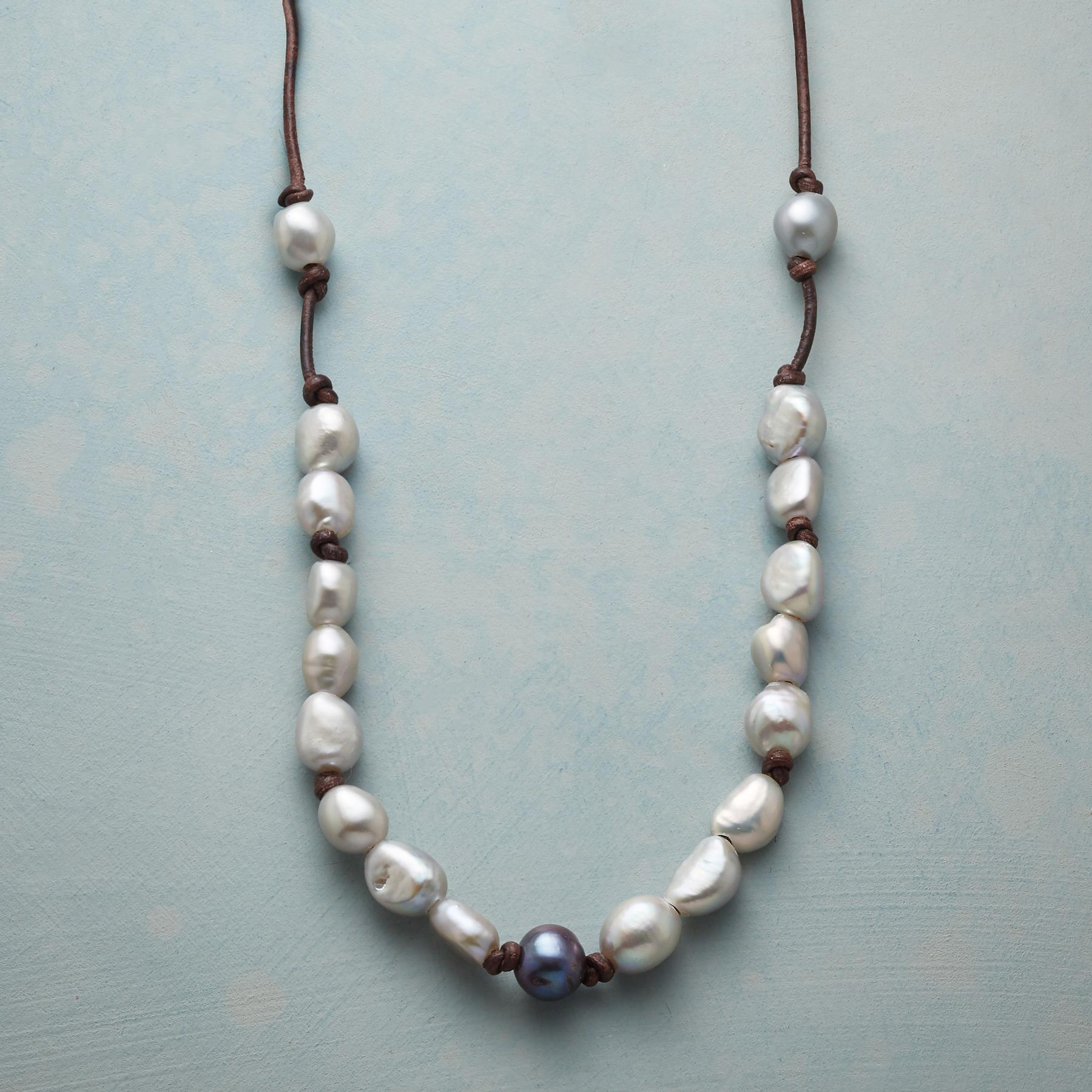 PEARL ESSENCE NECKLACE: View 1