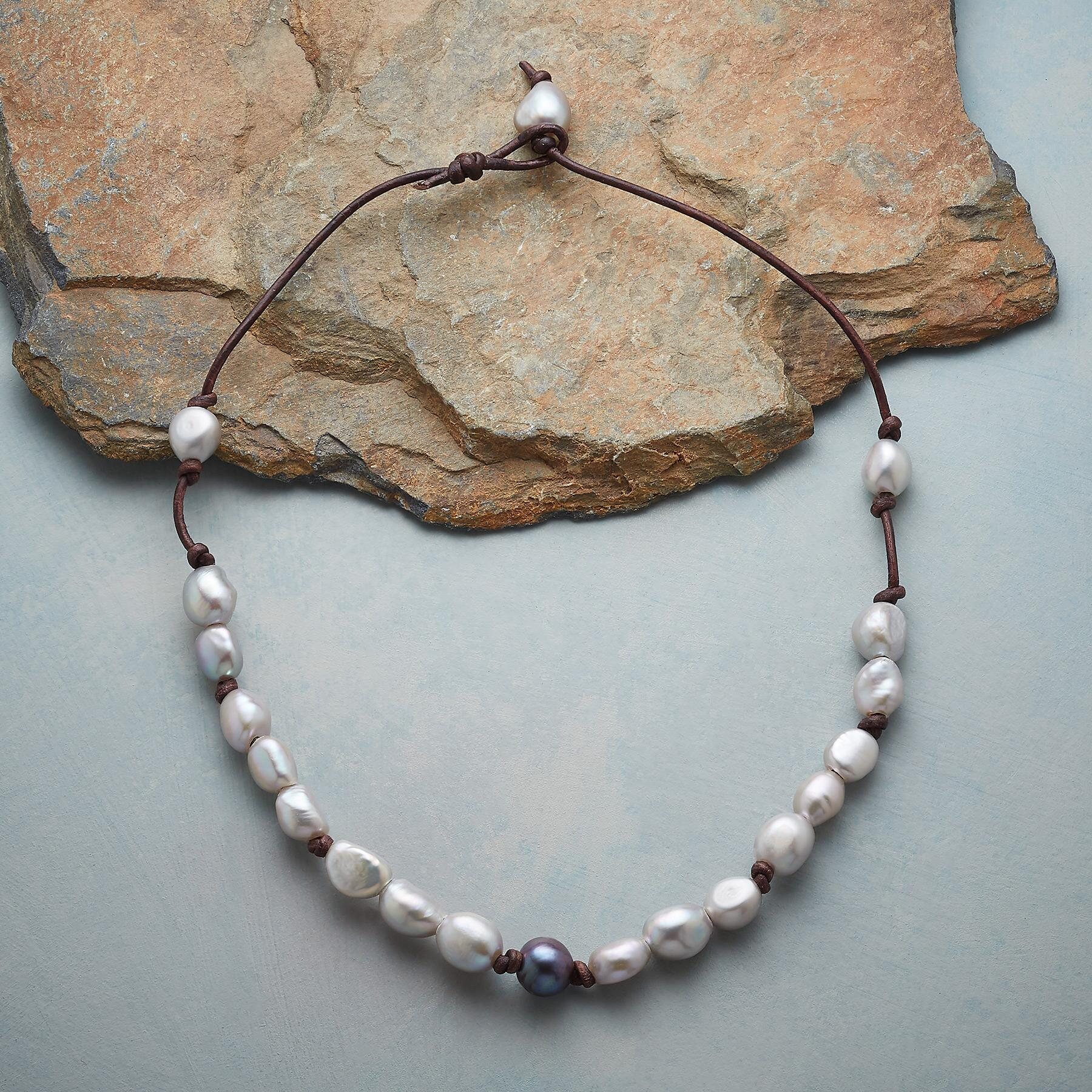 PEARL ESSENCE NECKLACE: View 2
