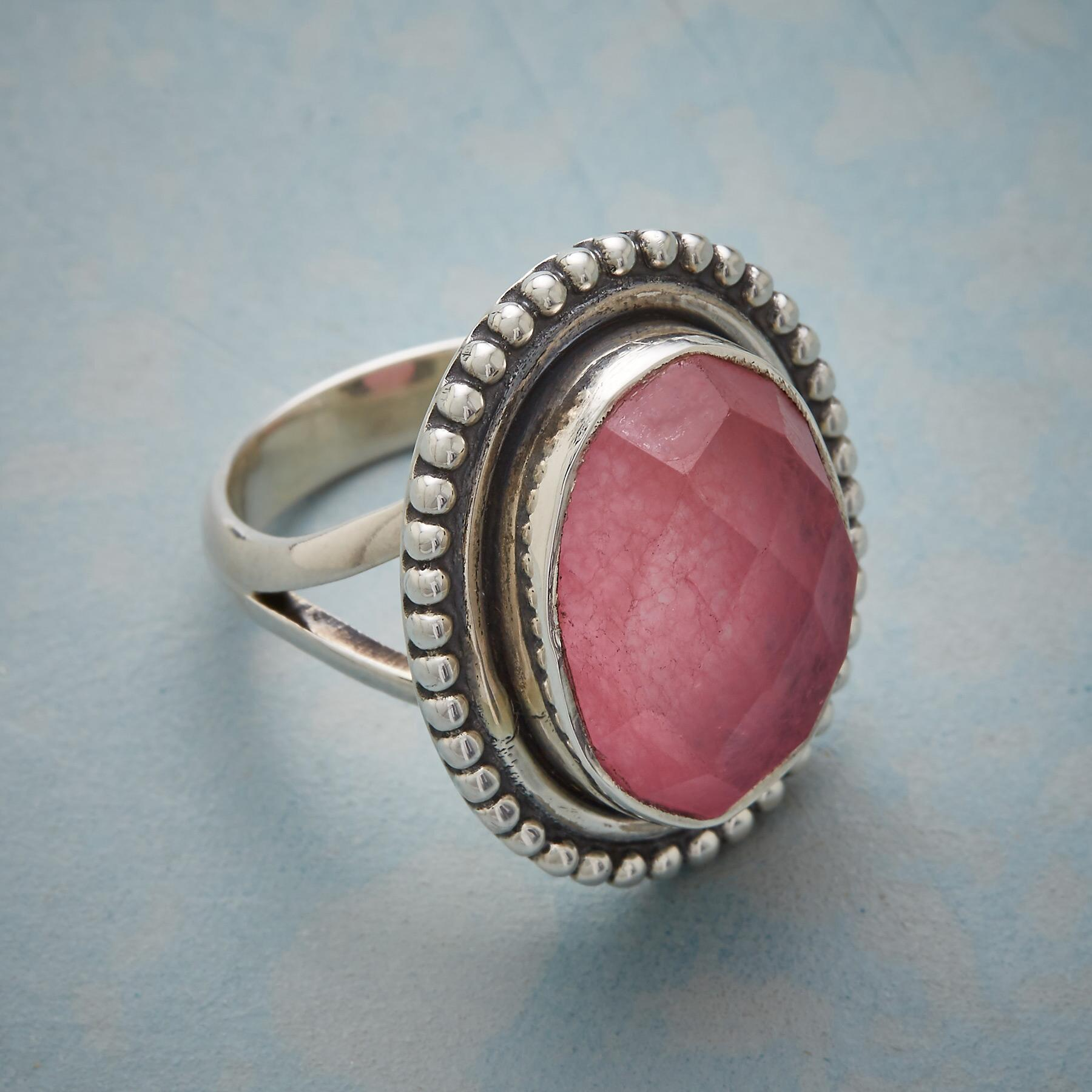 LA VIE EN ROSE RING: View 2