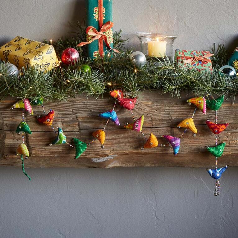 SONGBIRDS GARLAND