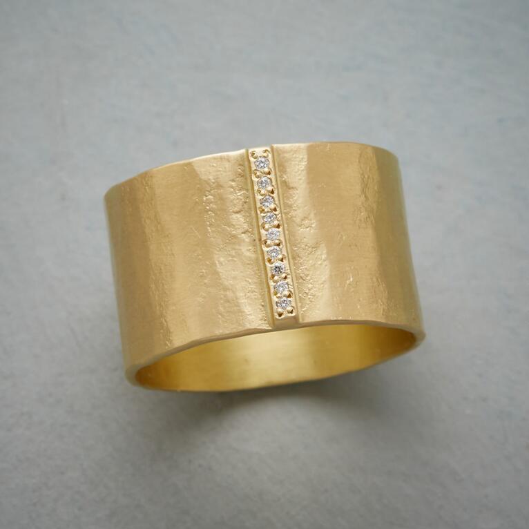 QUEUE OF DIAMONDS RING