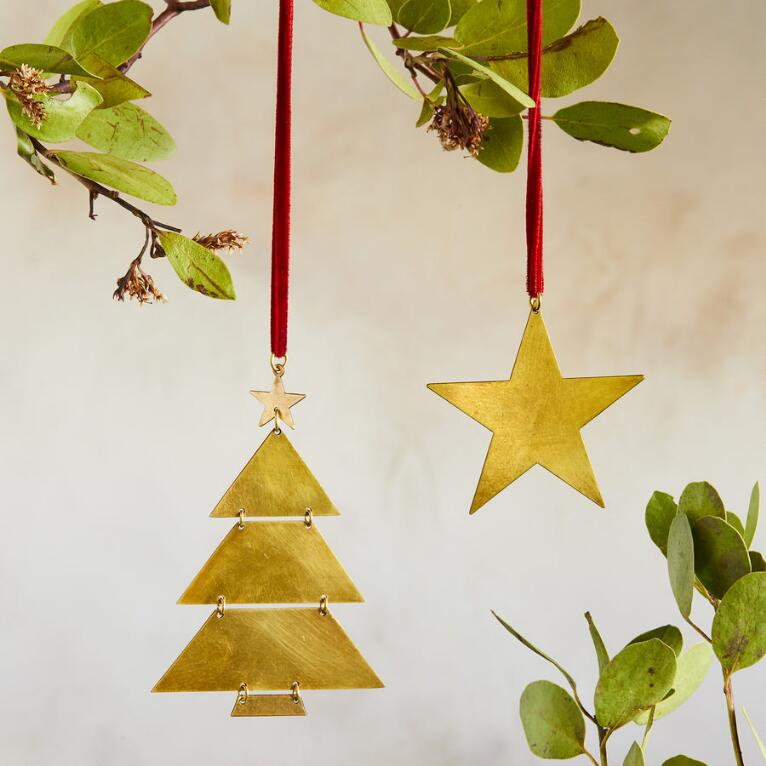 BRASS HOLIDAY ORNAMENT SET