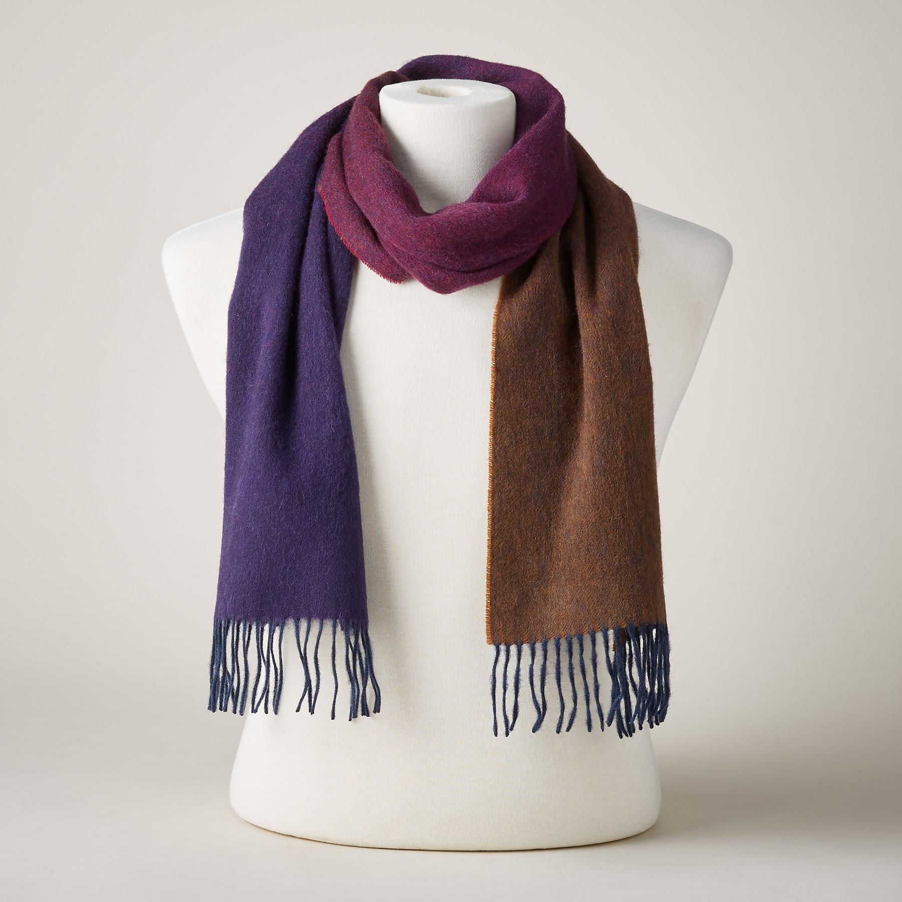 GRADIENT SCARF: View 1