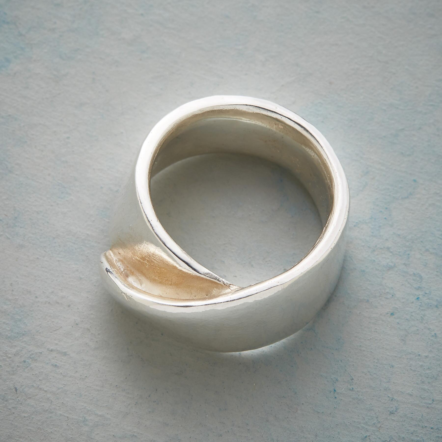 FOLDOVER RING: View 2
