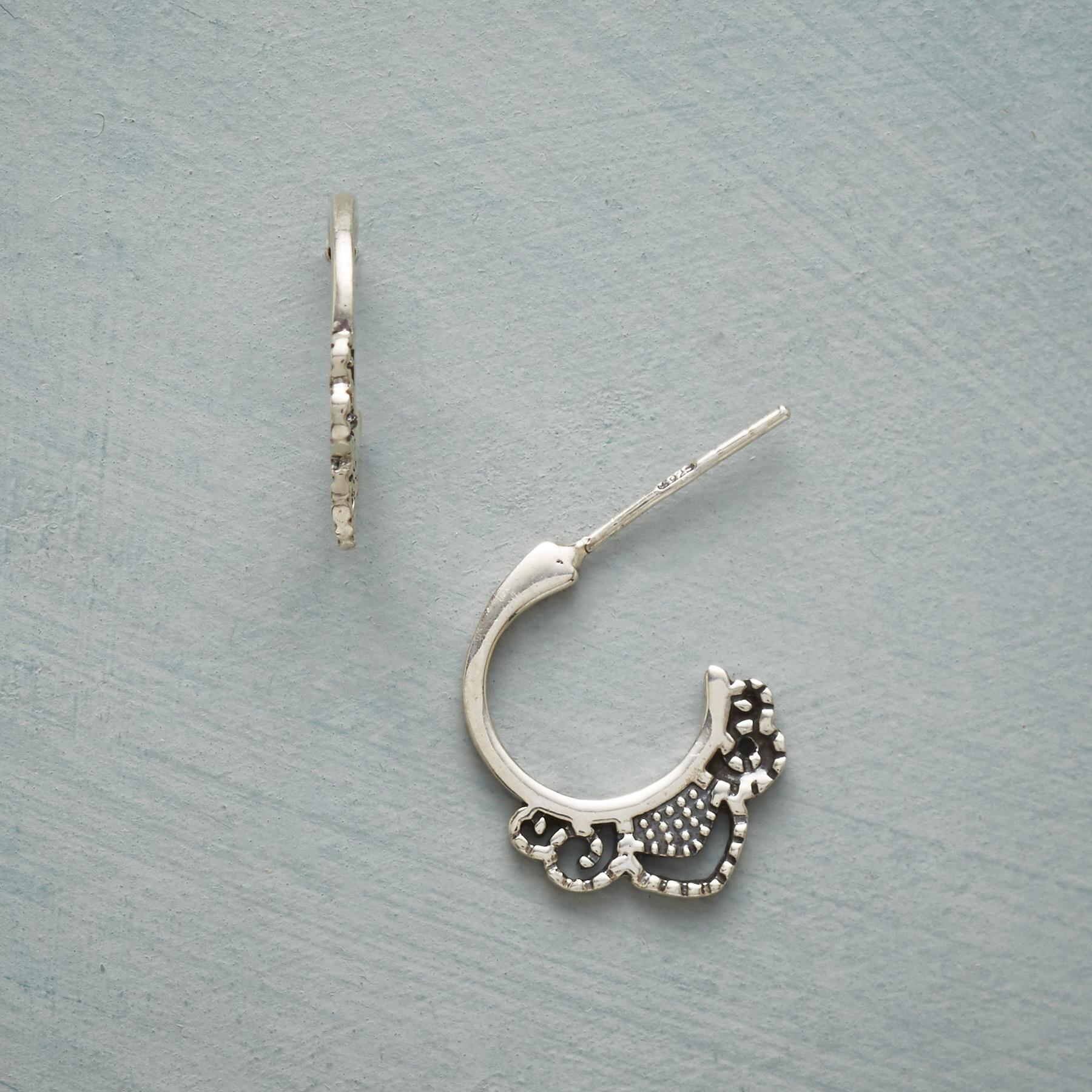 DOTTED DOILY HOOP EARRINGS: View 1