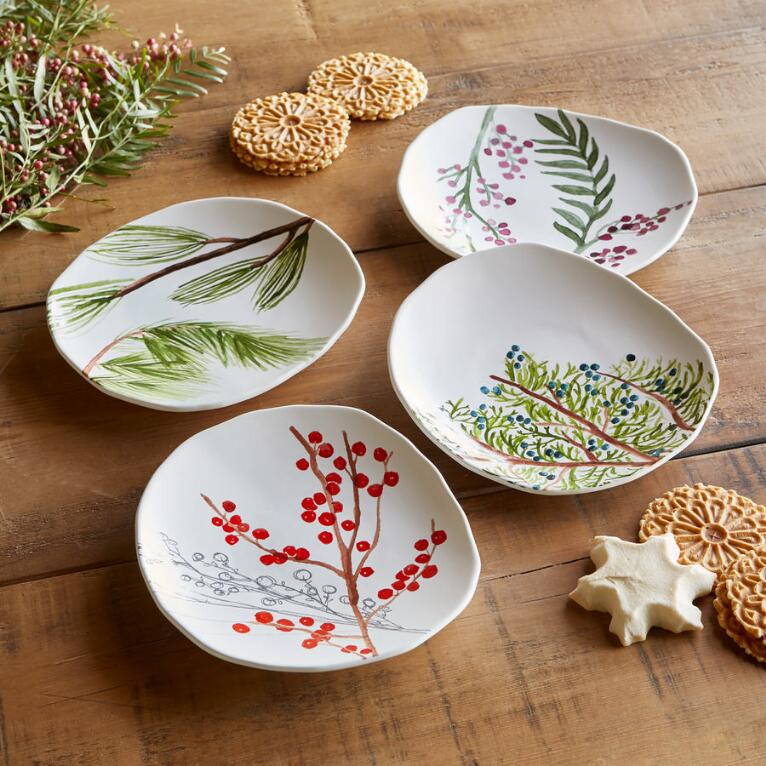 WINTERBERRY APPETIZER PLATES, SET OF 4