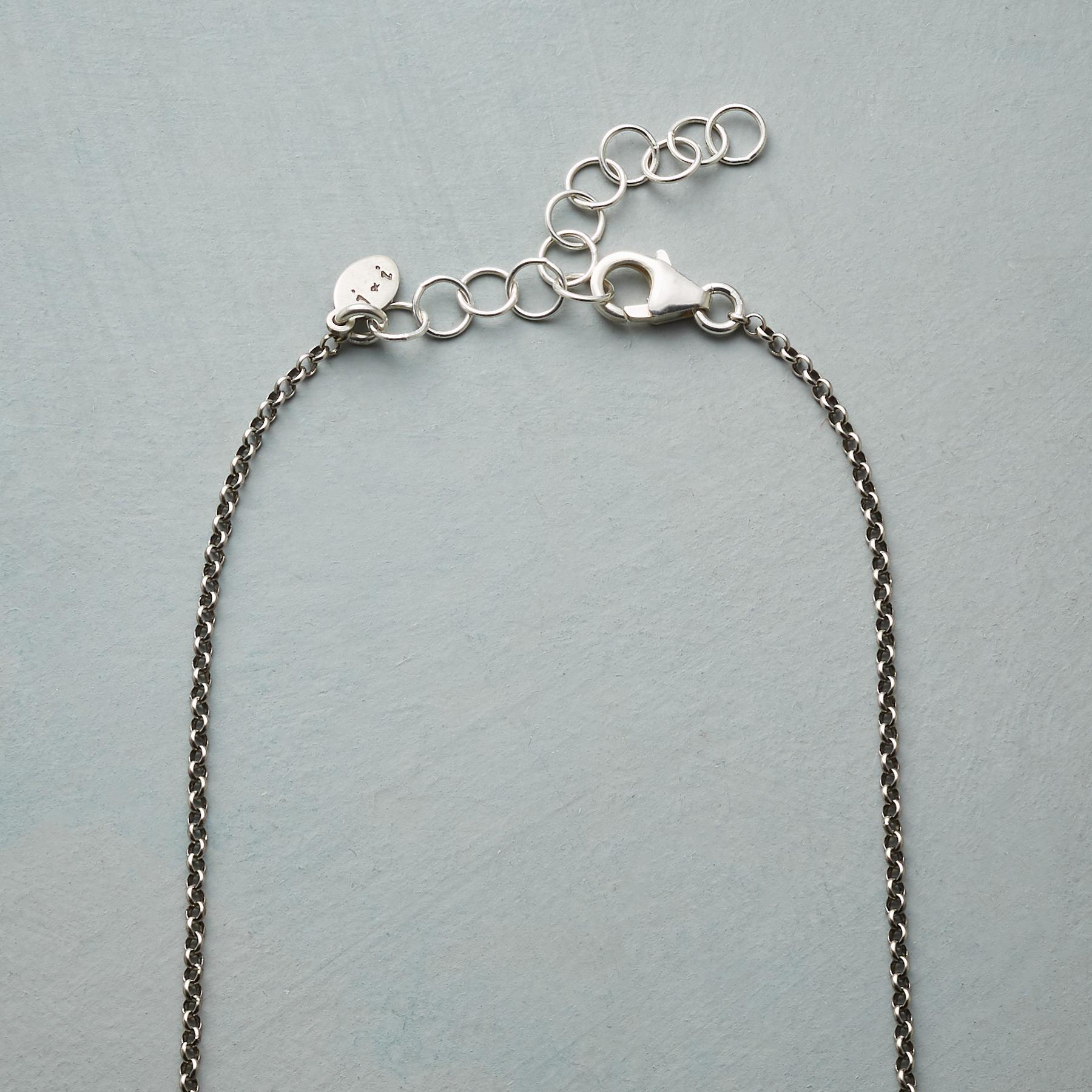 SILVER CIRCLE NECKLACE: View 3