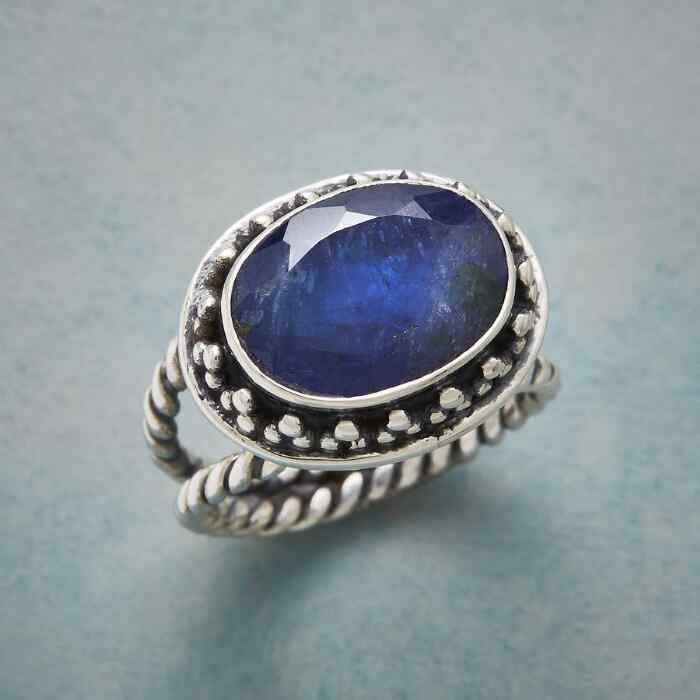 NIGHTS EDGE RING
