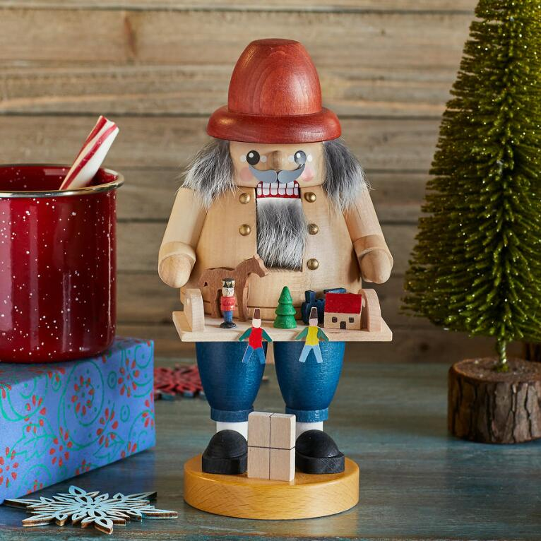 VILLAGE KEEPER NUTCRACKER