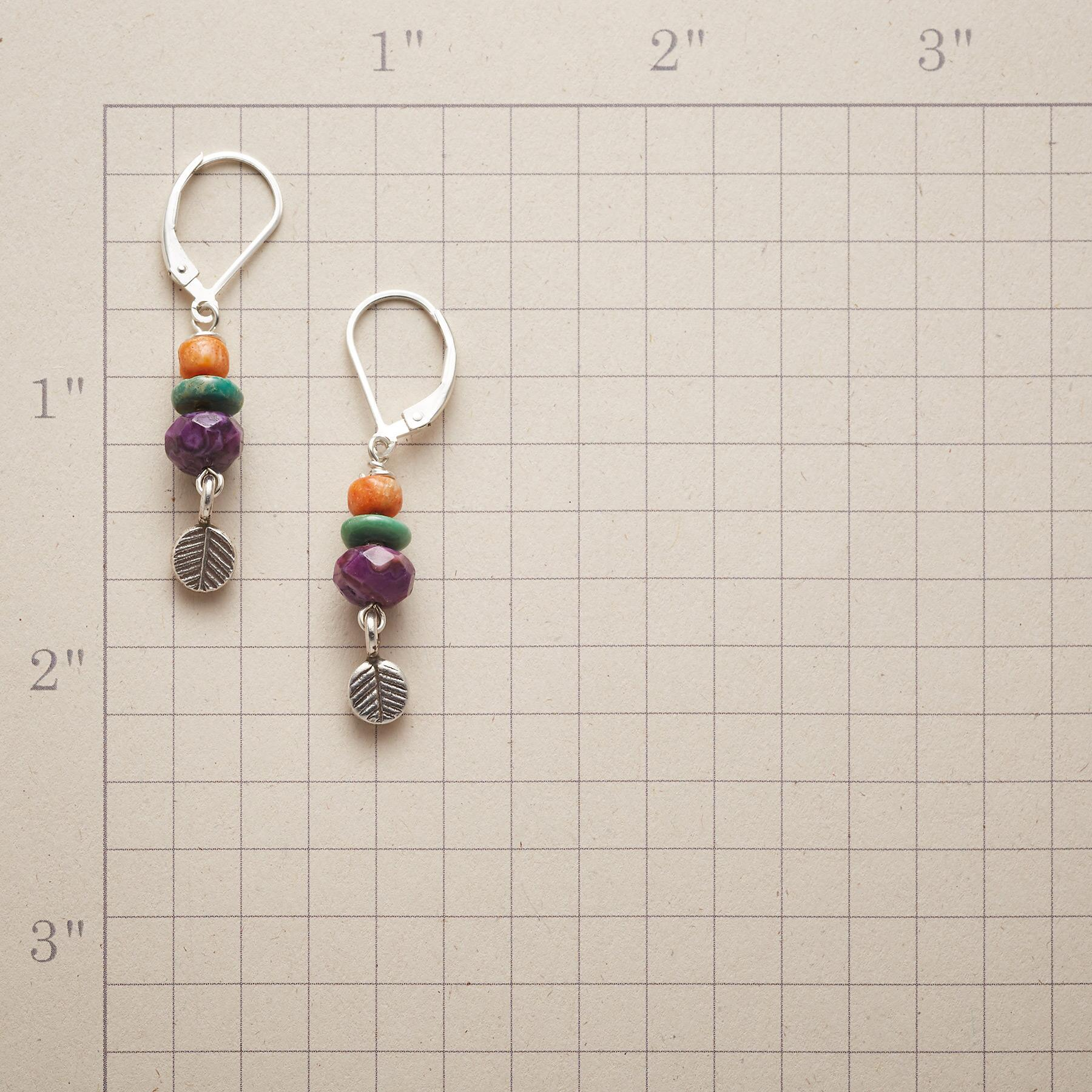 FEATHER LEAF EARRINGS: View 2