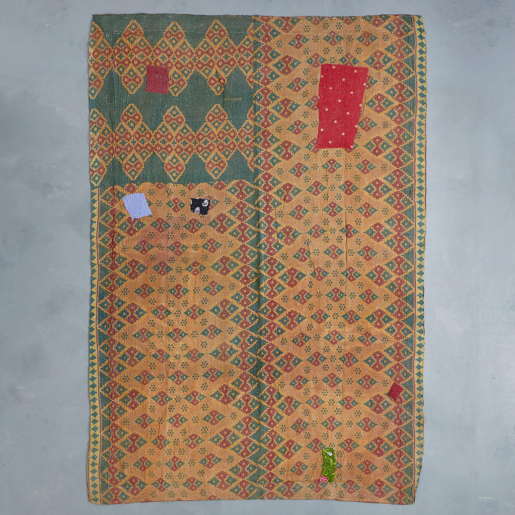RAVEENA SARI THROW: View 1