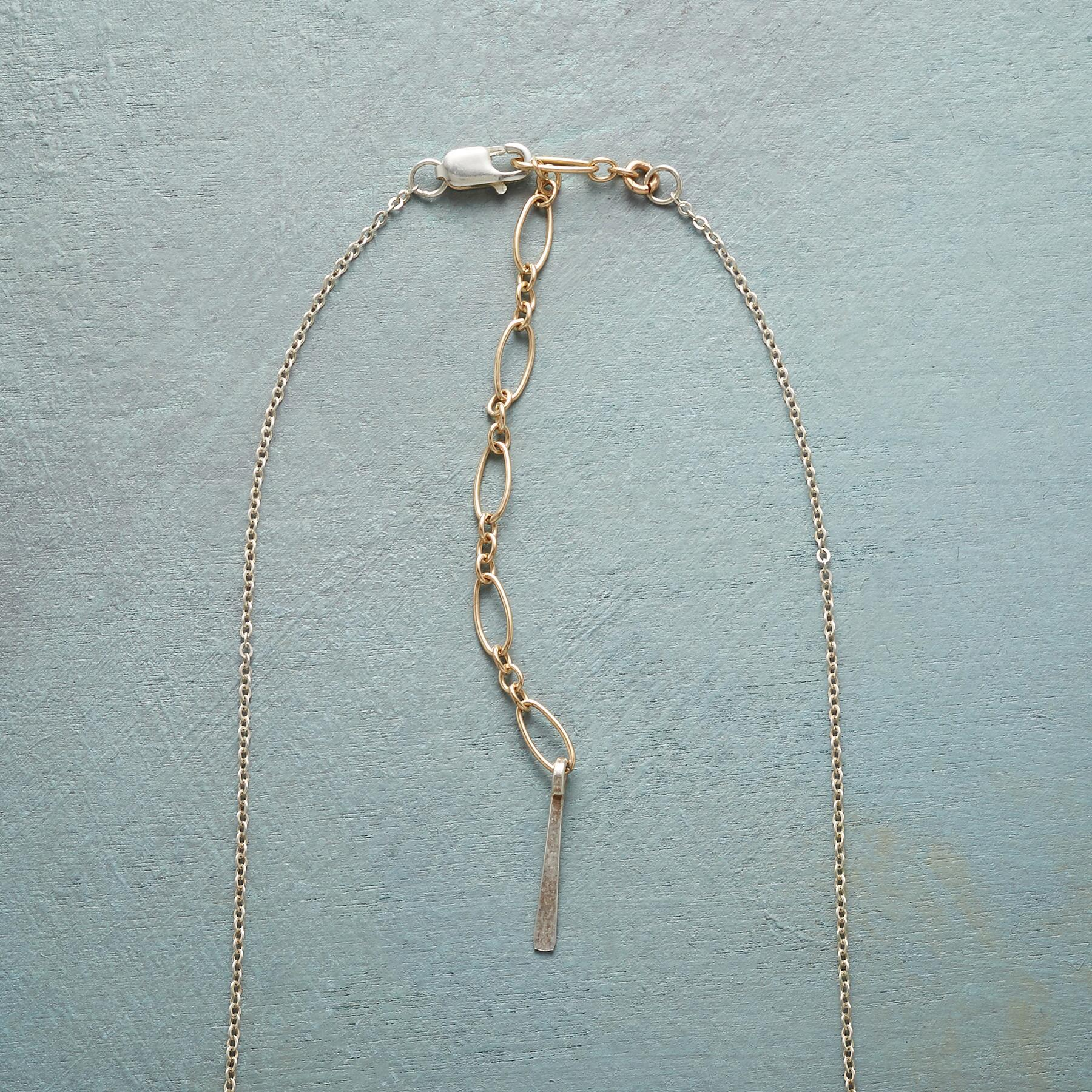 PEARL SWING NECKLACE: View 3