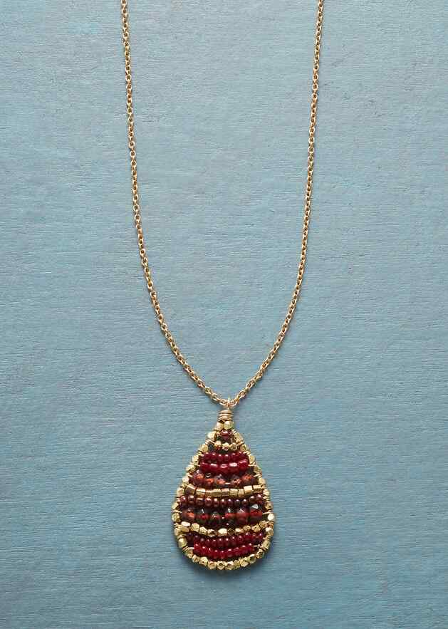 CRIMSON MIX NECKLACE