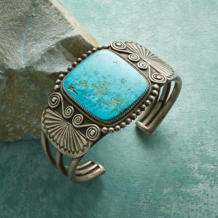 1930S TURQUOISE SCROLL CUFF