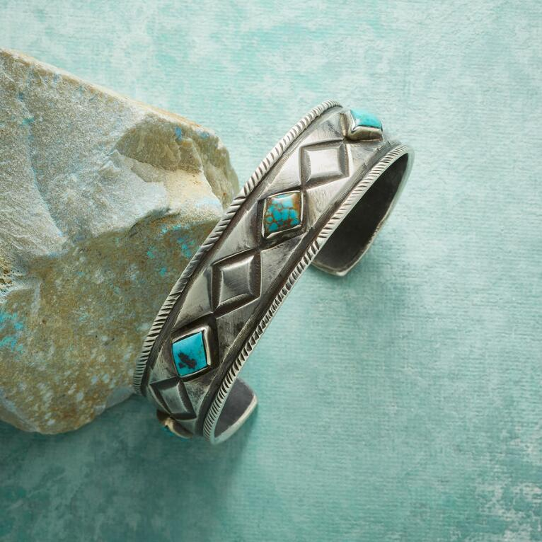 OUT OF THE BLUE TURQUOISE CUFF