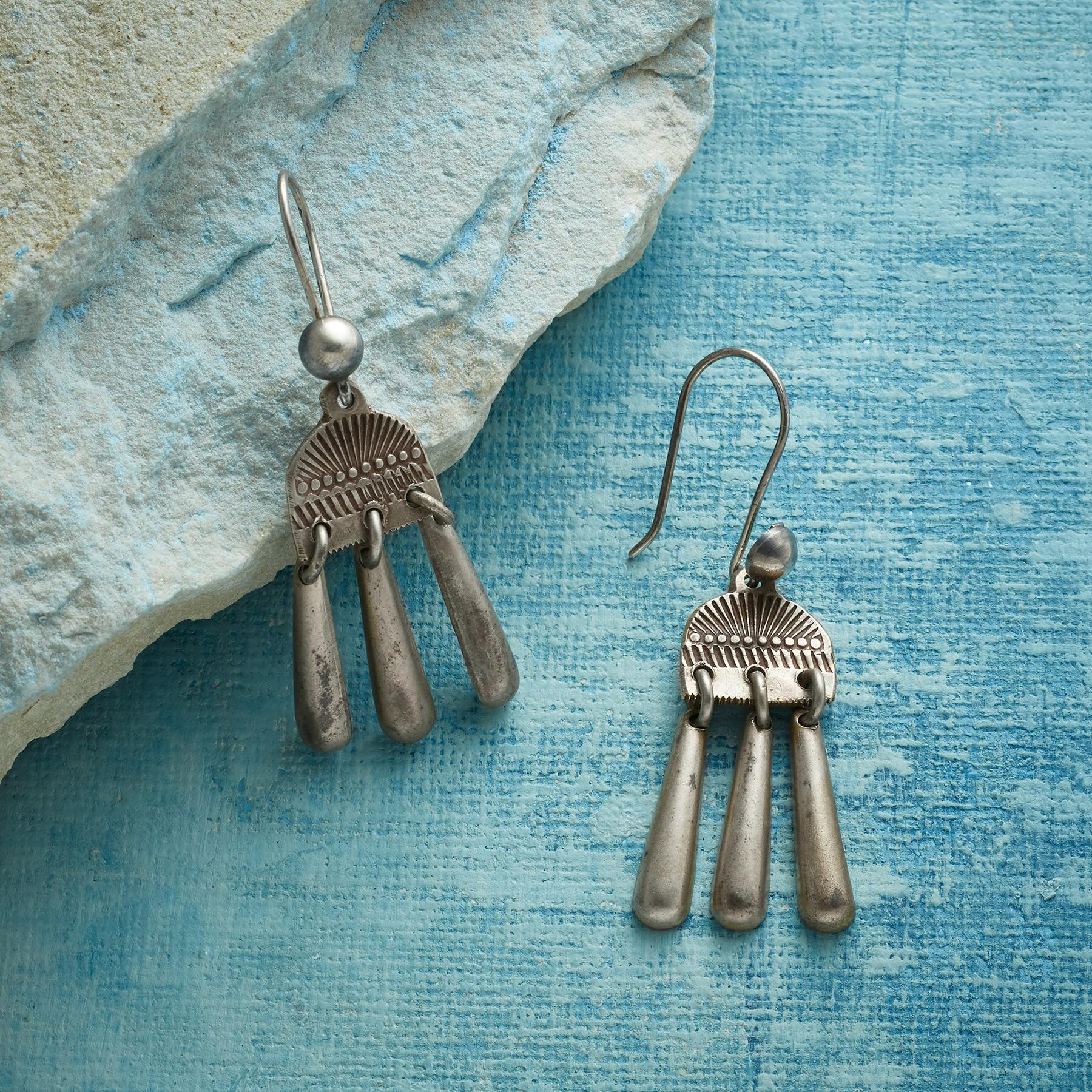 STERLING RAINFALL EARRINGS: View 1