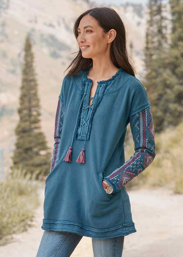 WONDROUS MEMORIES TUNIC - PETITES