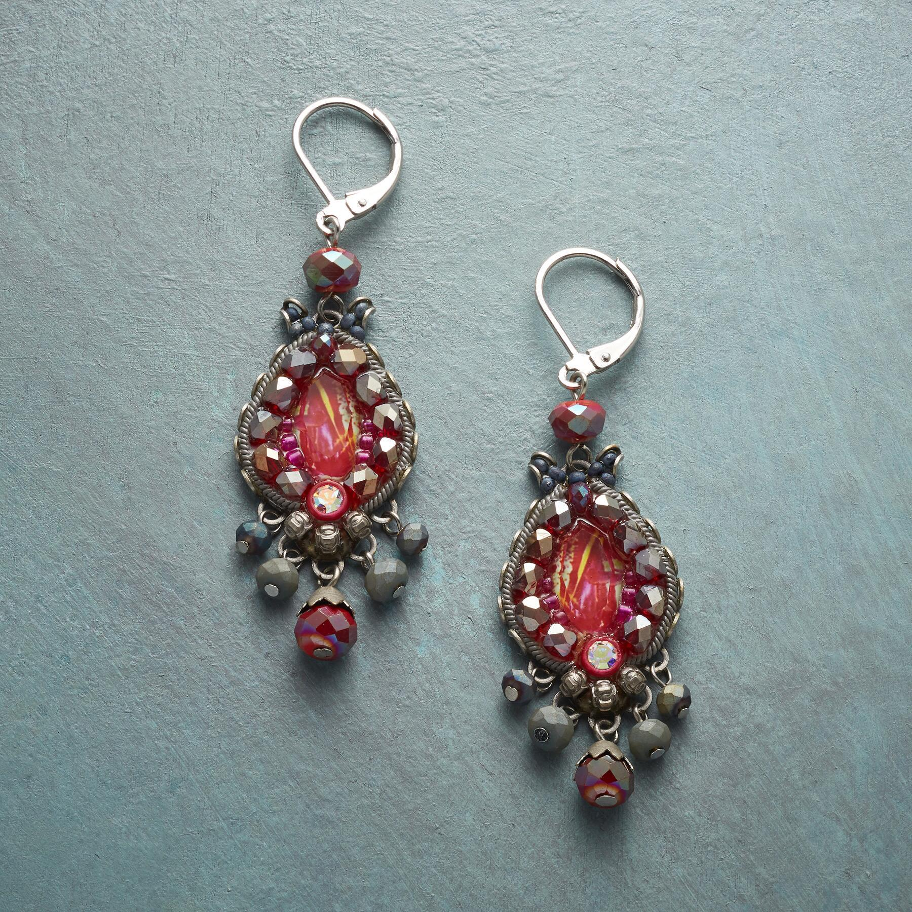 BERRY BRIGHT EARRINGS: View 1