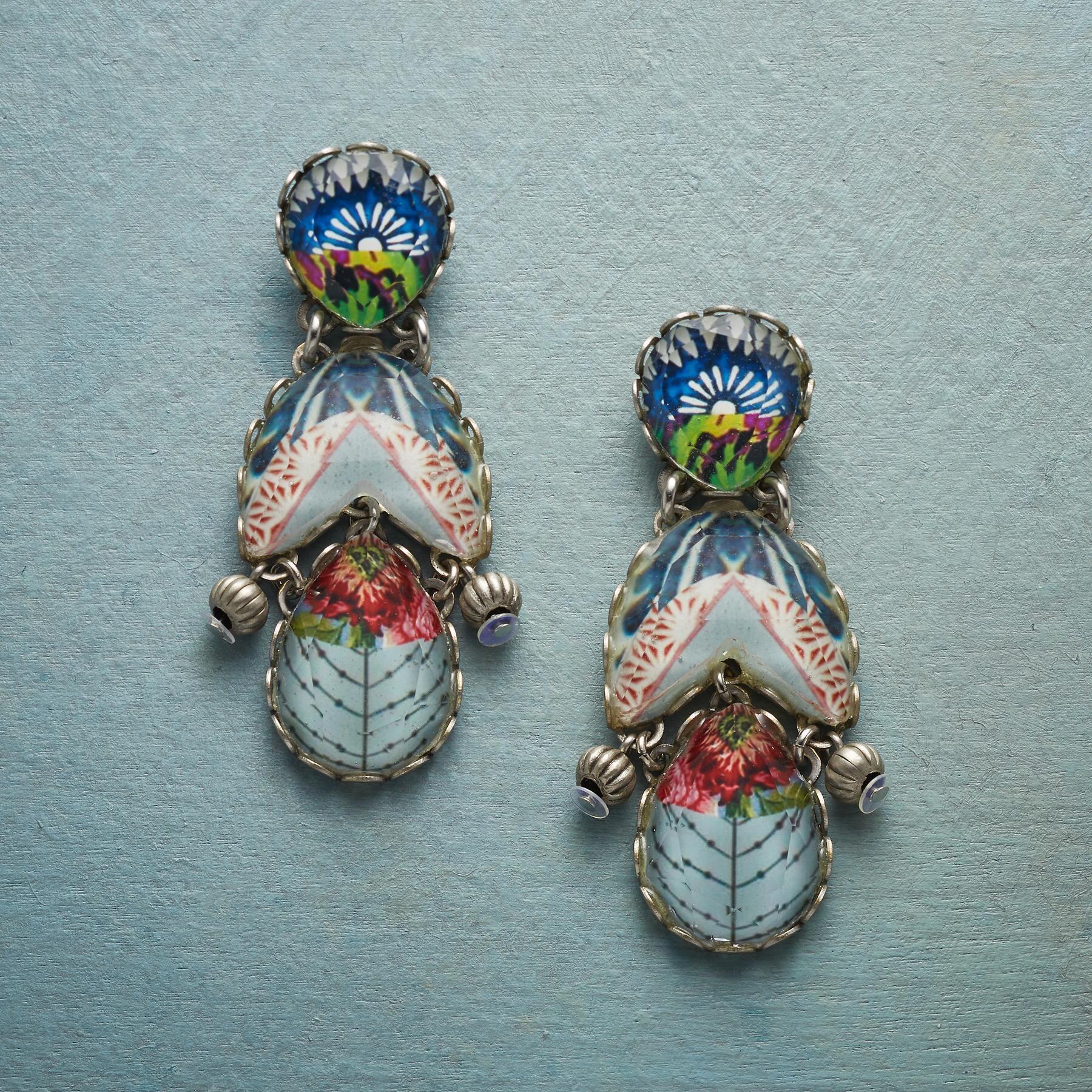 MERCADO EARRINGS: View 1