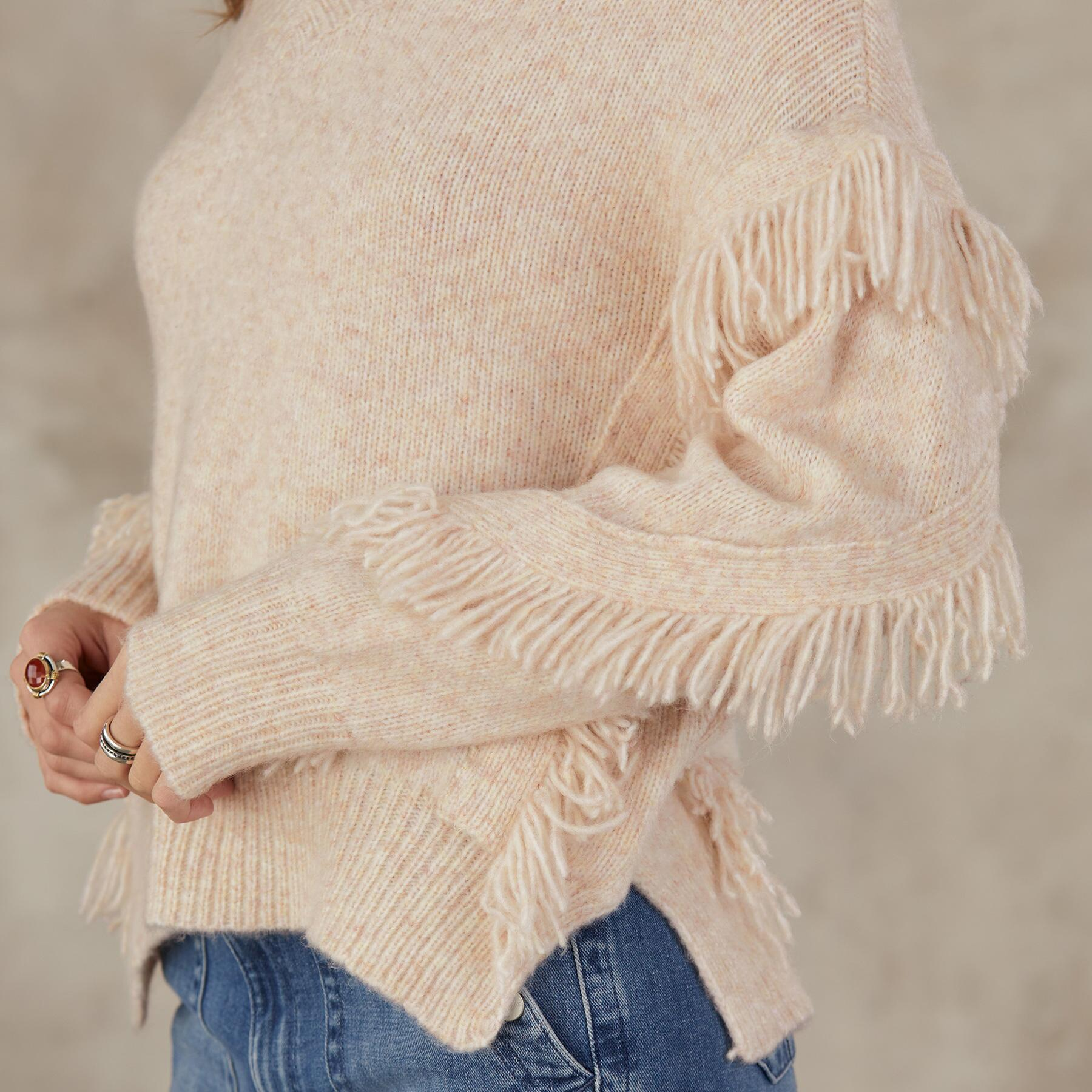 GO WEST V-NECK SWEATER: View 3