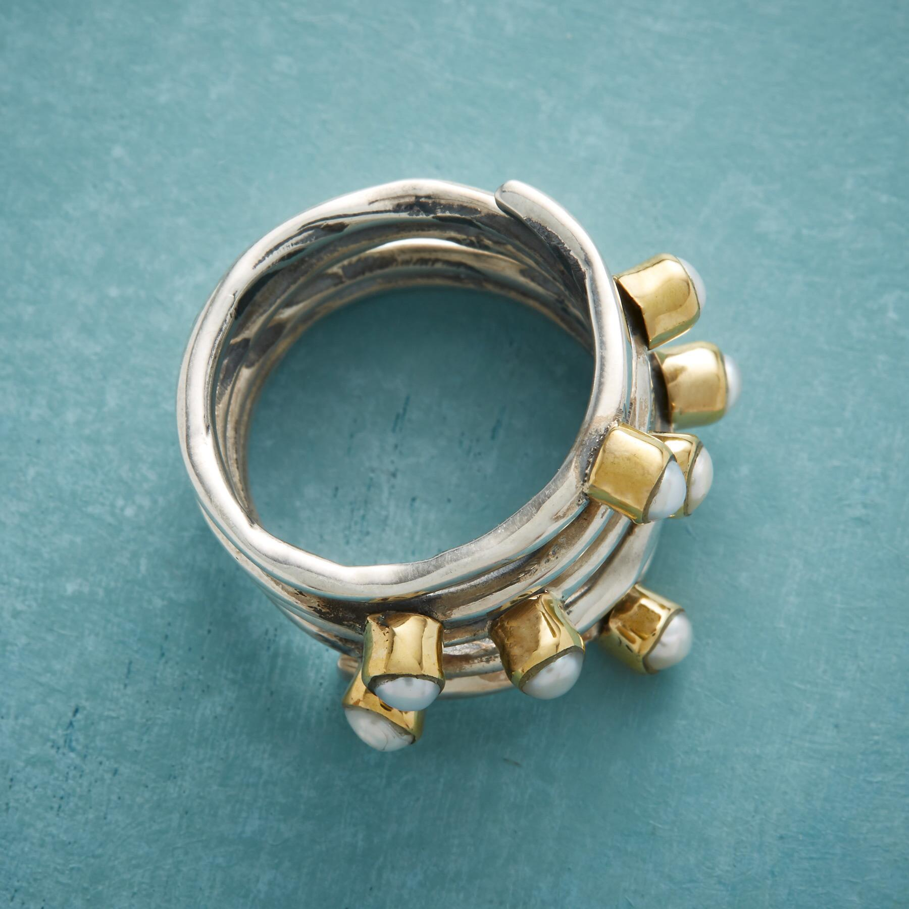 COILED PEARL RING: View 2