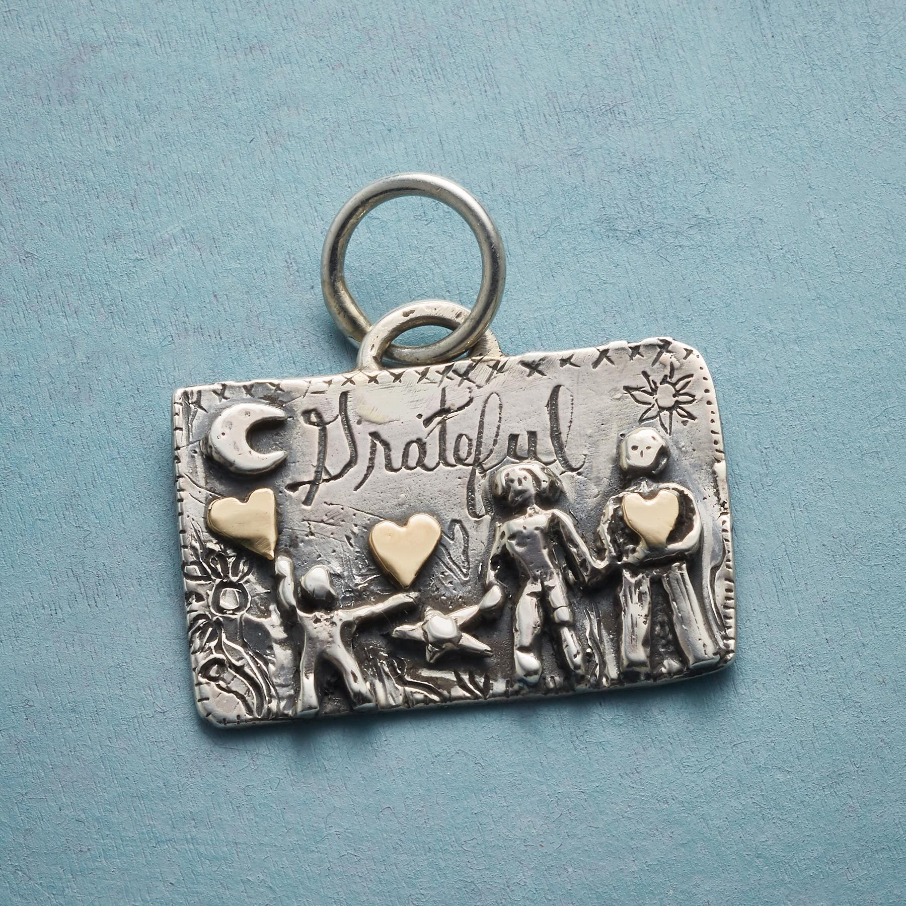 DREAM AND GROW CHARM: View 1