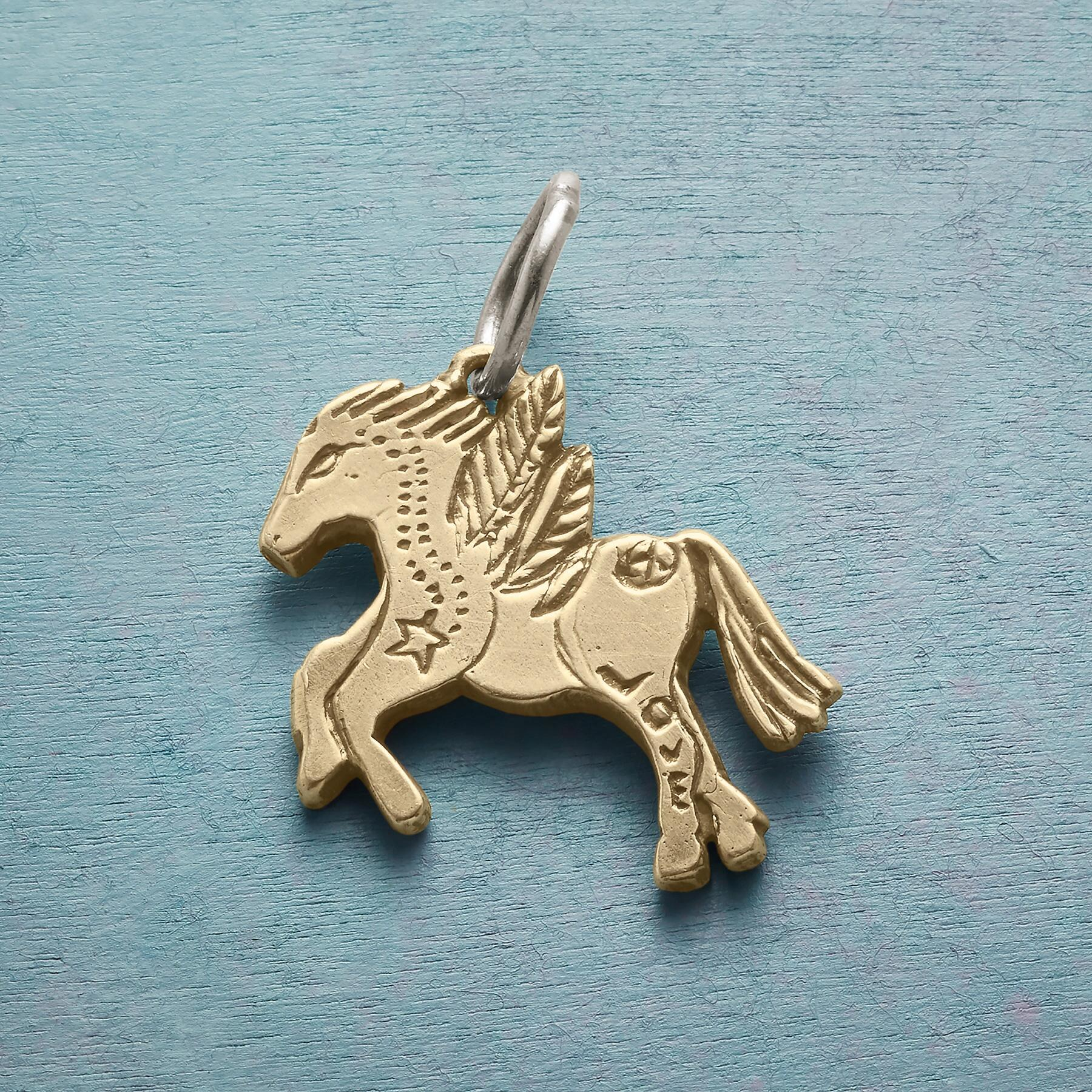 14KT GOLD WINGED HORSE CHARM: View 1