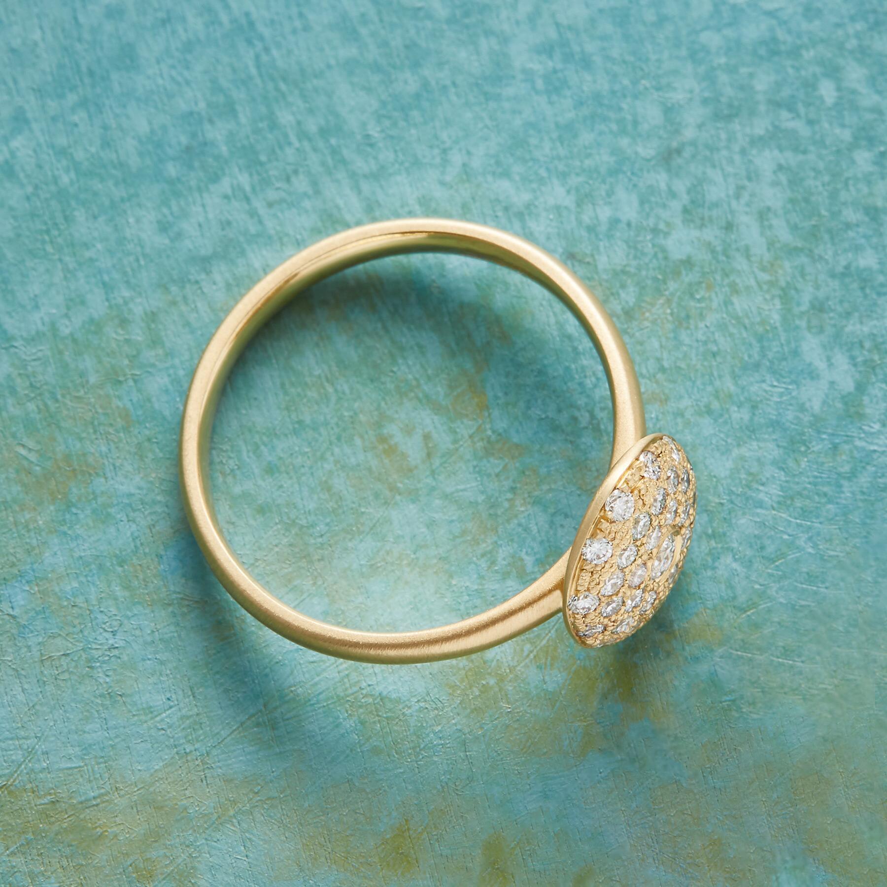ETOILE DIAMOND RING: View 2