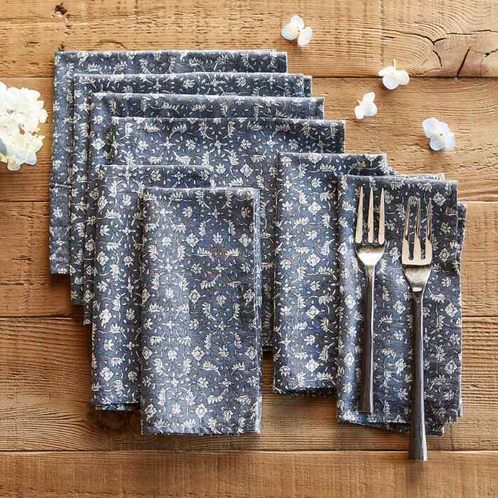 FLORAL COVE NAPKINS, SET OF 8