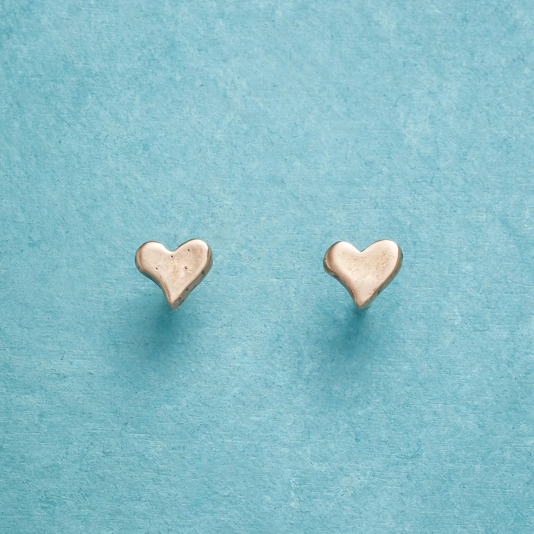 ROSE GOLD PRECIOUS LOVE EARRINGS: View 1