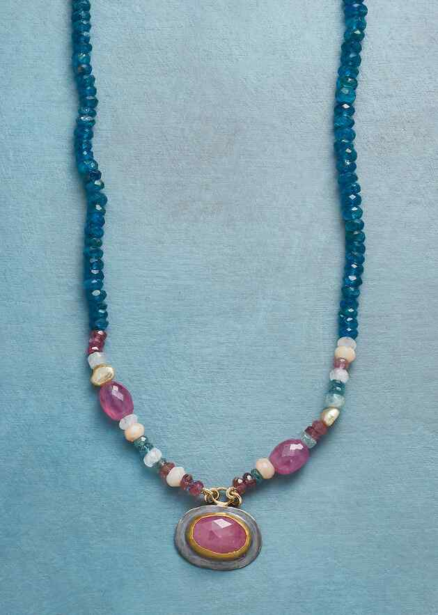 SAPPHIRE KEYNOTE NECKLACE