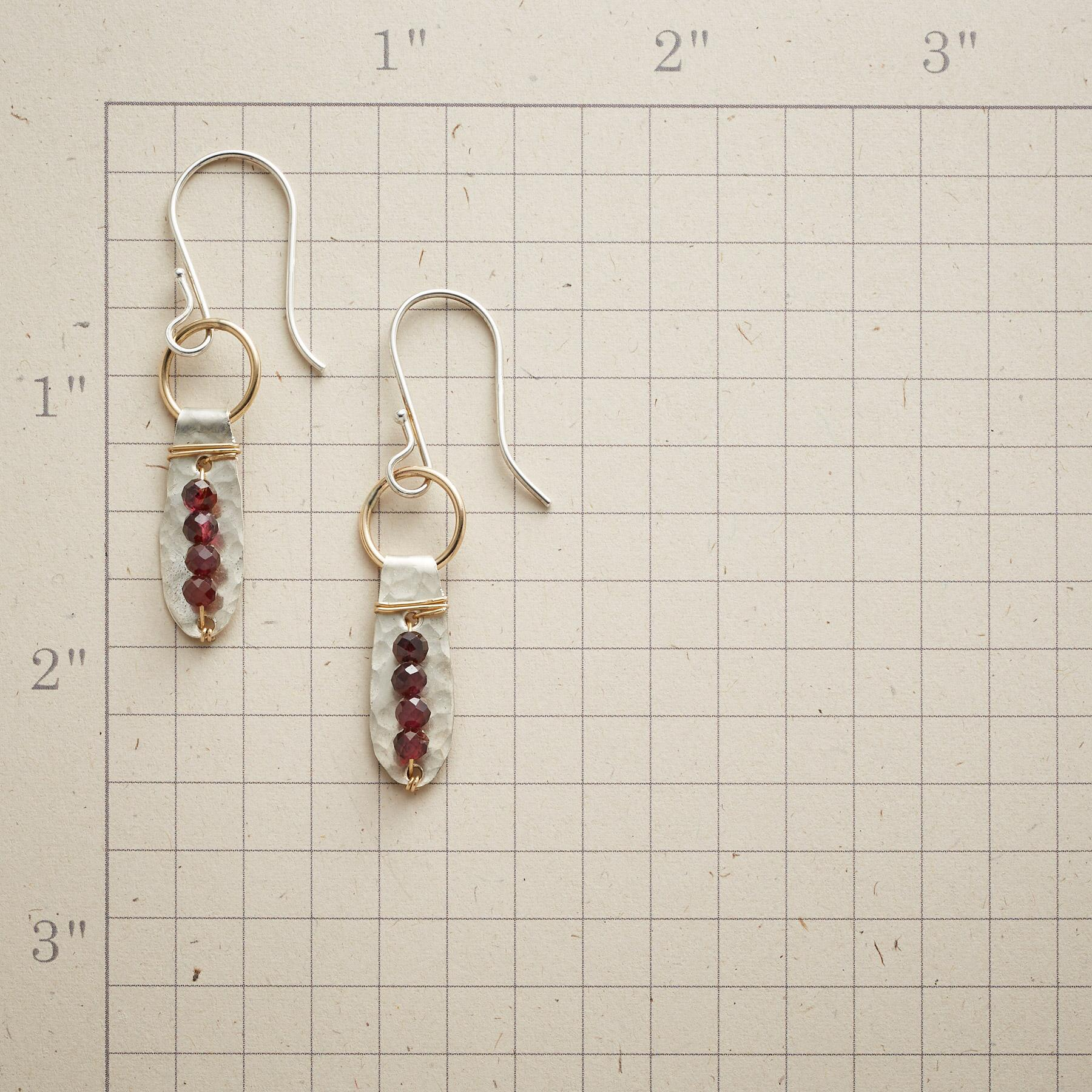 GARNET QUARTETS EARRINGS: View 2