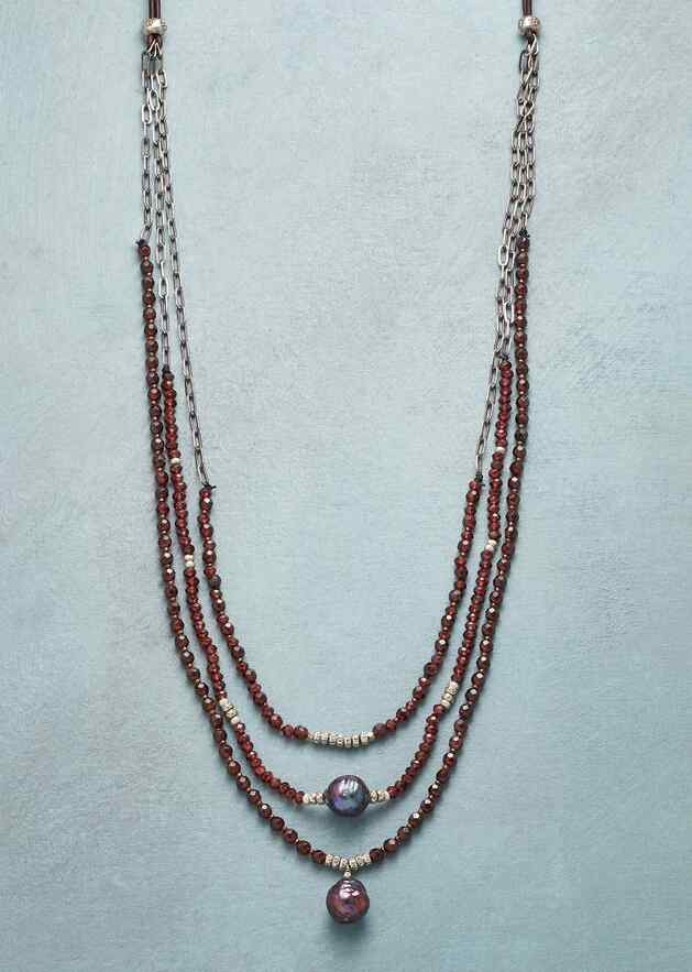 GARNET GRAPEVINE NECKLACE