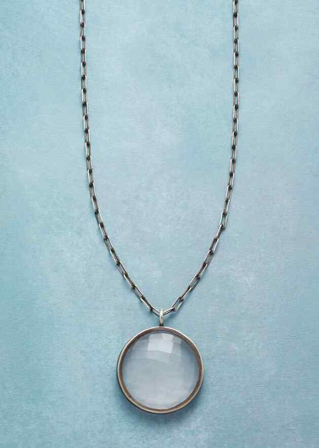 ROSY VISIONS NECKLACE