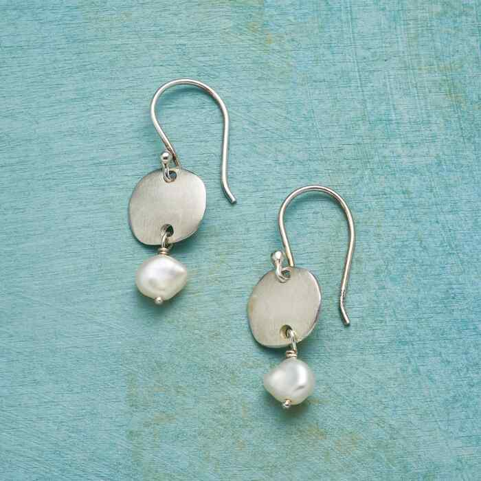 SUBTLE SIMPLICITY EARRINGS