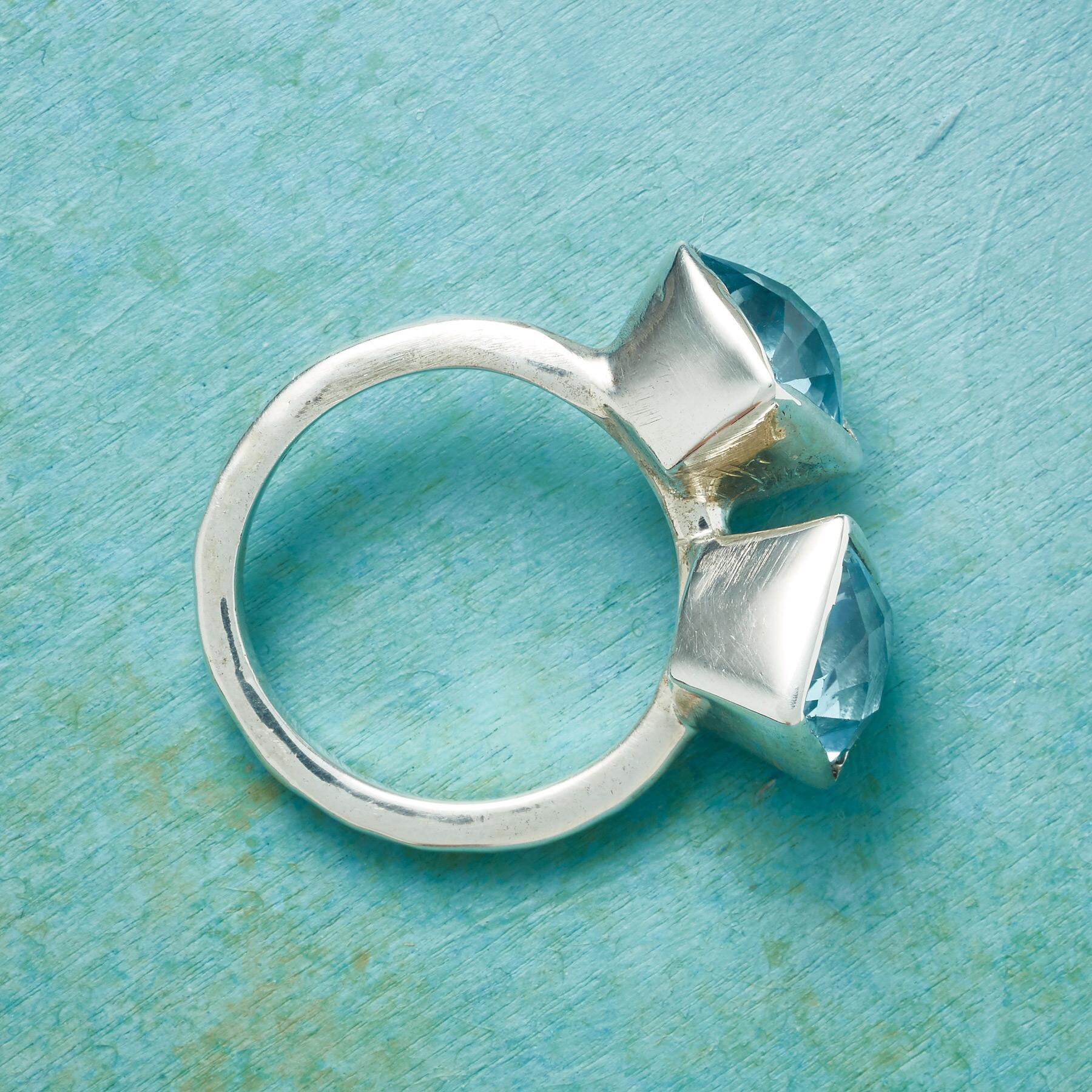 WINGED BUTTERFLY RING: View 2